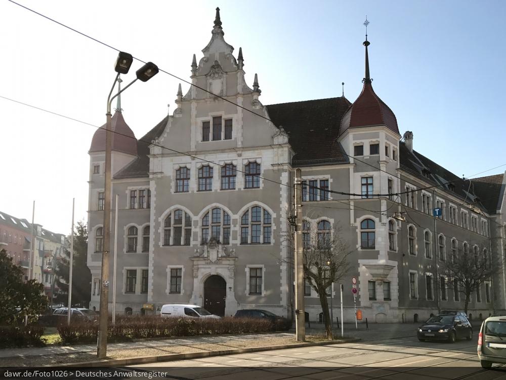 Dieses Foto zeigt das Gebäude, in dem das Amtsgericht Köpenick seinen Sitz hat.